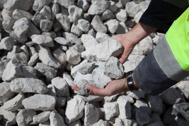 industrie, pierre a chaux, industrie, carrières du boulonnais, groupe cb, granulats